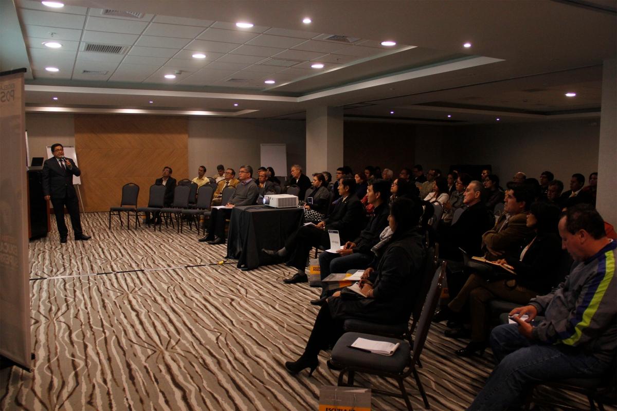 Conferencia: Desarrollo Tecnológico en Educación Superior - Miguel Robles -Recavarren